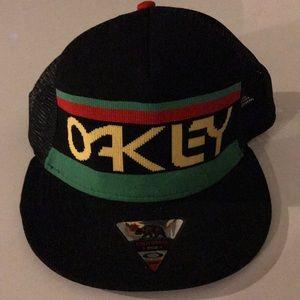 Snap Back Oakley hat